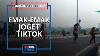 Viral Video 7 Emak-emak Joget TikTok Sambil Nyeberang di Exit Tol Pekalongan, Pelaku Buru Pelaku