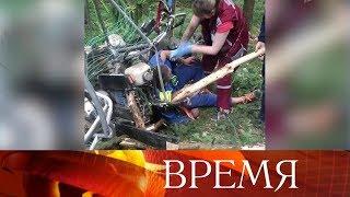 В Белоруссии пилот-экстремал остался в живых, упав с высоты более 600 метров.