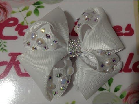 3a5fb2ca0dbb Moño blanco decorado con perlas y cristal VIDEO No. 463 creacionesrosaisela