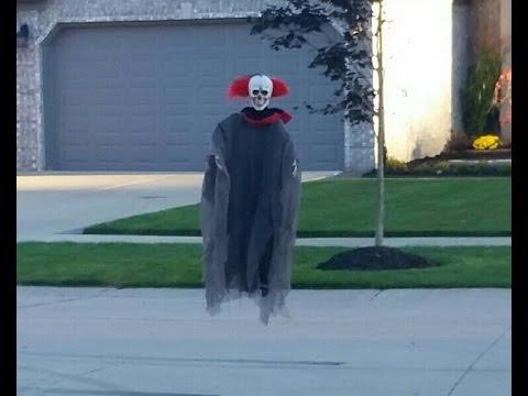 Halloween Prank - Flying Clown Haunts Neighborhood