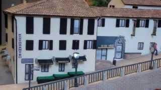 preview picture of video 'Castello di Tavullia in miniatura - Slide'