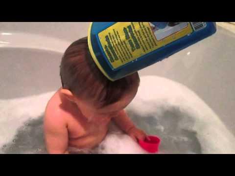 Produkttest: HARDDI Shampoo Schutz Rinse Cup | Babyartikel.de