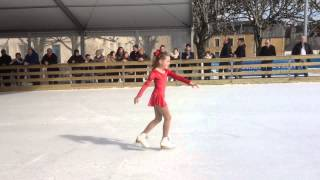 preview picture of video 'Shana TAN--LE GUENNEC Inauguration Patinoire Provisoire Argentan'