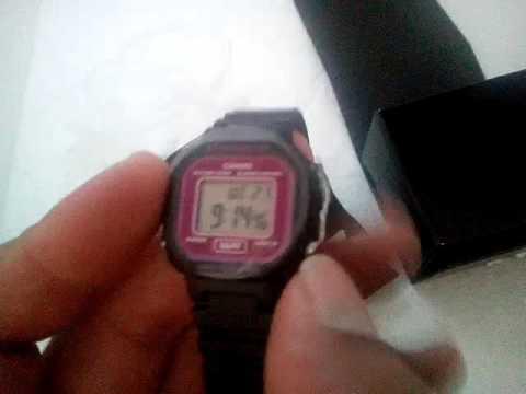 b5a08ae00a0 Relógio Feminino Casio La-20wh-1adf Digital Preto Wr - R  129