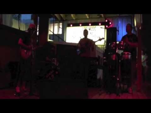 Stefan & the C-Otters-Live @ Stanley's Famous BBQ-Too Experienced
