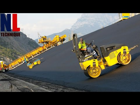 World of Modern Technology: Road Construction with Amazing Machines and Skilful Workers 4