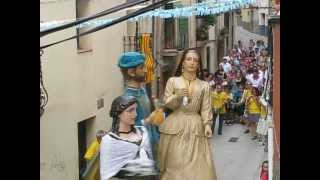 preview picture of video 'Els Gegants de Viserta ballant l'Aligot per Sant Jaume'