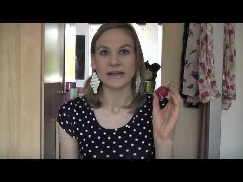 Gribok der Füsse und der Nägel die Behandlung von der Soda