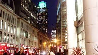 preview picture of video 'London Beautiful City Lights (Heron Tower, Lombard Street, Bishopsgate, Bank, The Shard)'