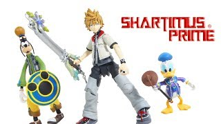 Kingdom Hearts Roxas, Donald Duck, and Goofy Diamond Select Toys Video Game Figure Set Review