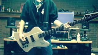 "AC/AC ""Moneytalks"" Bass Cover"