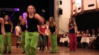 preview picture of video 'Tanzabschlussball vom Gymnasium Blumenstraße in Bregenz'
