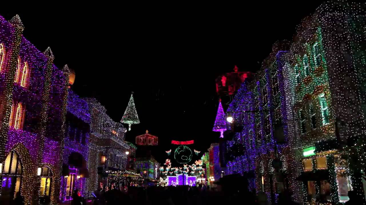 Osborne Family Spectacle of Dancing Lights 2009 - Christmas Eve Sarajevo 12/24