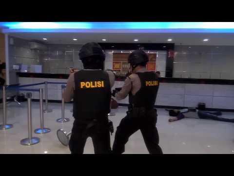 Polisi Tembak Mati Perampok Bank BRI Cabang Maros