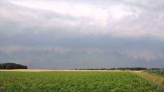 preview picture of video 'Shelf Cloud bei Wassenberg (14.07.2010)'