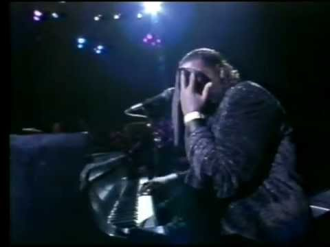 Barry White live in Birmingham 1988 - Part 6 - I'm Gonna Love You Just a Little More, Babe