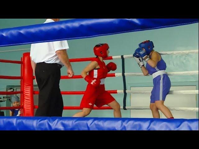 Первенство по боксу среди девушек