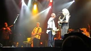 """Mark Knopfler & Emmylou Harris """"Belle Starr"""" 2006 Dublin vers.1"""