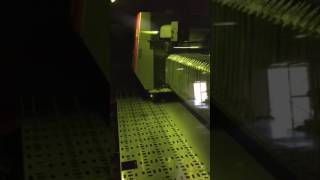 AST Laser Cutting Stainless Steel at 700 inches per minute
