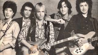 tom petty and the heartbreakers: Runaway trains LIVE