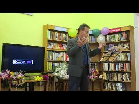 В день пожилых людей Миедин Абилев поет песню о любви к жизни