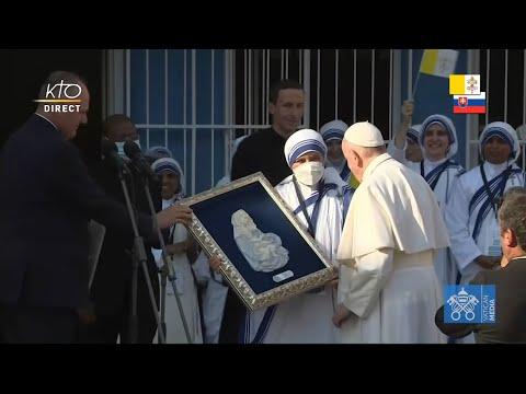 Visite privée du pape François au « Centre Bethléem » de Bratislava