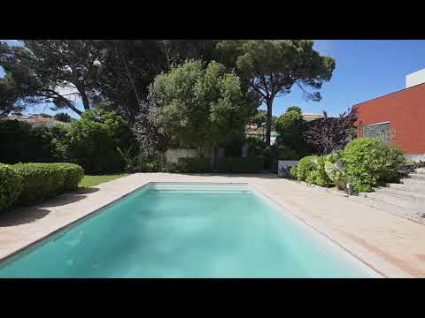 4+1 bedroom family villa in quiet area in Bicesse, Cascais region