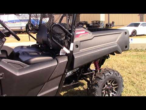 2018 Honda Pioneer 700 Deluxe in Winchester, Tennessee