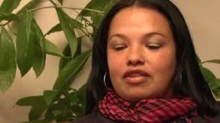 preview picture of video 'Comunidad en el trabajo - Barrio Jan Pablo II, Ciudad Bolivar, Bogotà'