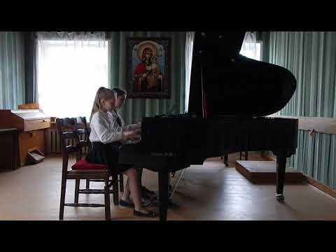 Волкова Светлана и Москвичёва Марианна