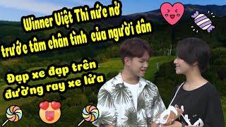 winner-viet-thi-nuc-no-trai-nghiem-dap-xe-tren-duong-ray-xe-lua-moi-la%f0%9f%98%8d