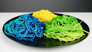 6 Colorful Things You Can Do With FOOD COLORING!