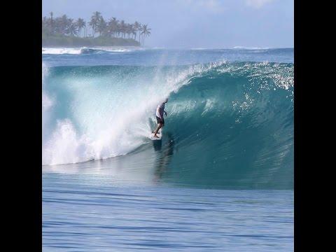 Surfing Macaronis