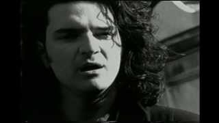 Realmente No Estoy Tan Solo  - Ricardo Arjona (Video)