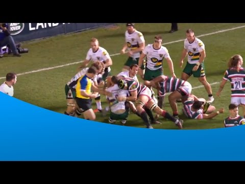 Leicester Tigers' Ellis Genge takes out JP Doyle by mistake