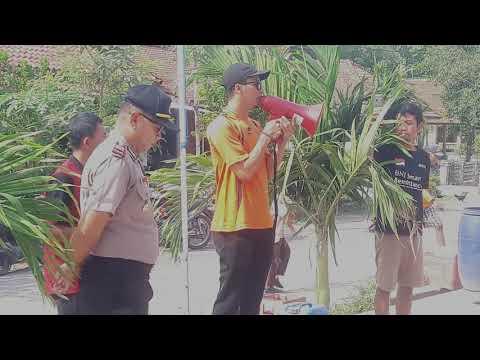 Diduga KKN Karang Taruna Desa Karangrejo Pucakwangi Pati Menggelar Aksi Di Depan Kantor Kepala Desa