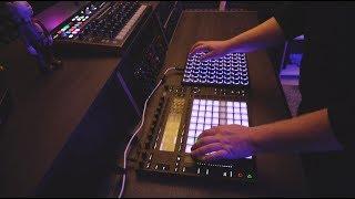 Linea 77   AK77 (Matthew S Studio Live Performance )