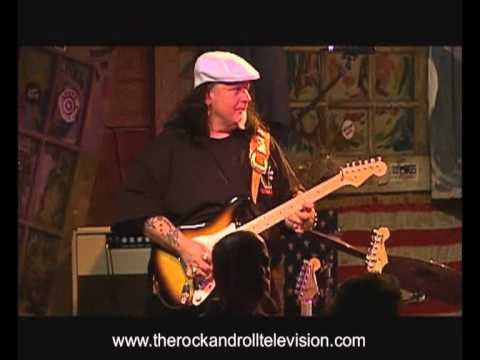 Smokin' Joe Kubek & Bnoise King - My Heart's In Texas