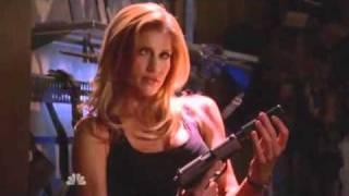 Chuck S02E18   Franz Ferdinand - Bite Hard