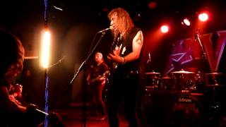 Anvil  - Free as the wind live @ Salle 4 Barils Jonquière 29 avril 2017