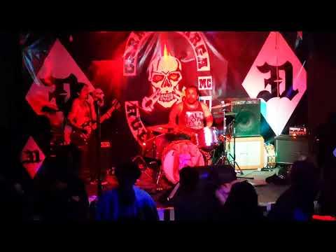 "Genghis Crack - La cocoa raff me deja terrible de black metal - Live ""Birthday lolo"" #31"