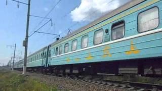 ТЭП70-0392 с поездом Алматы Москва (28.06.2011г._15ч.49мин.)..wmv