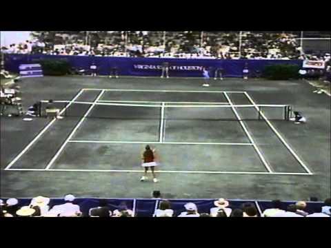 Chris Evert vs 15-year-old Monica Seles 1989 Virginia Slims of Houston final