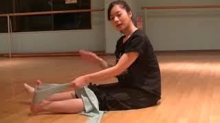 花咲先生のバレエレッスン~バレエをうまく見せる~つま先を伸ばすストレッチ③のサムネイル画像