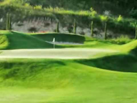 St. Andrews 2000 Golf Club - Video