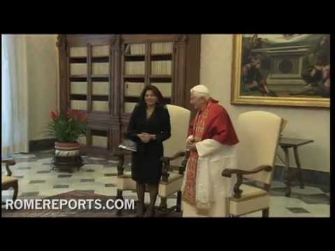 Pope discusses abortion with President Laura Chinchilla of Costa Rica