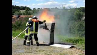 preview picture of video 'mobileFiretrainer bei der Feuerwehr Wildenberg'