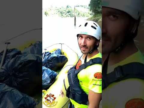 Equipe de Rafting do Rio Abaixo faz Limpeza no Rio Juquiá