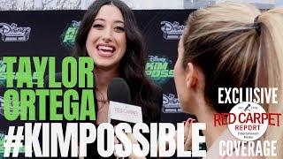 Taylor Ortega interviewte bei der #DisneyChannel # KimPossible Movie Premiere, Watch Tonight