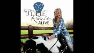 Julie Roberts - Somebody Does